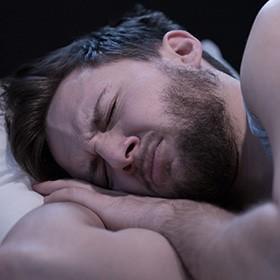 Stres, jedna z hlavných príčin ľahkých porúch spánku